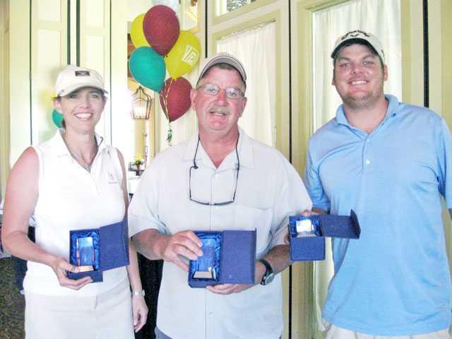 Zonta Club hosts golf fundraiser