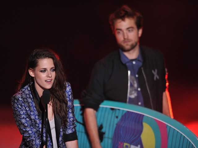 'Twilight,' Swift add to Teen Choice Awards hauls 
