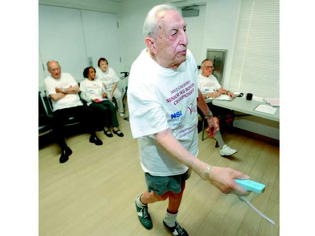 Veteran and activist Harry Gratz, 94, dies Monday night