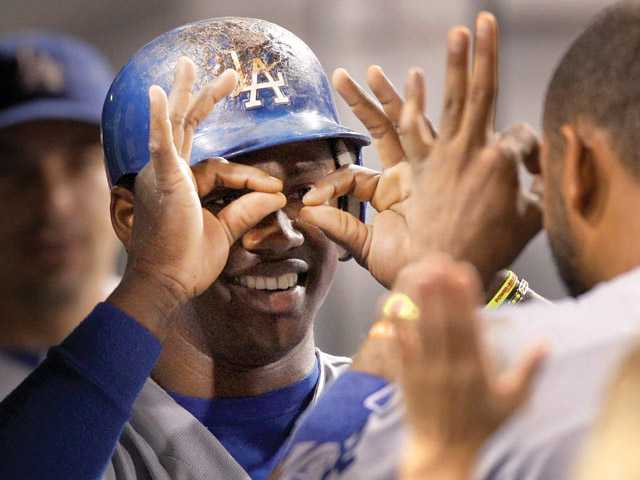MLB: Dodgers pound Pittsburgh again