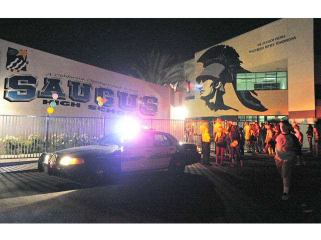 Saugus High dance overflows with attendees