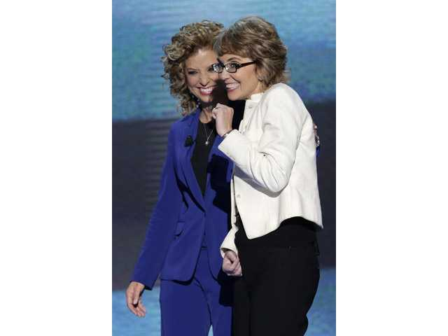 Giffords inspires crowd at Democratic convention