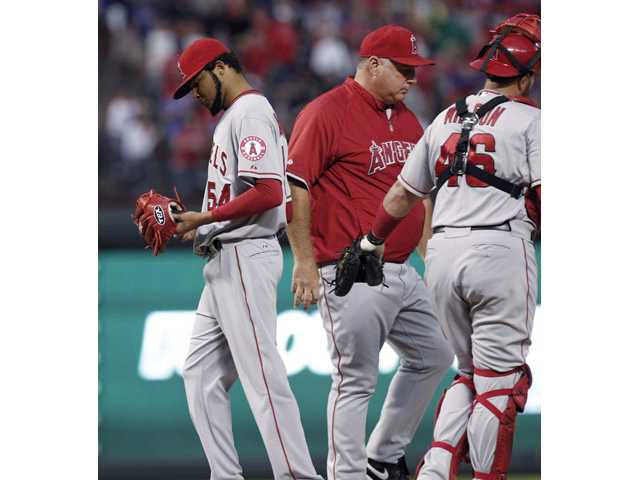 MLB: Angels need sweep, help to tie for 2nd wild card