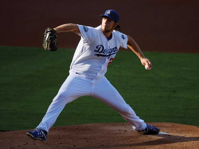 MLB: Dodgers finish with a win