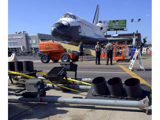 Endeavour prepares for final push
