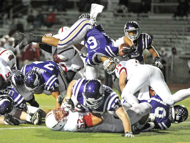 CIF football playoffs: A close call