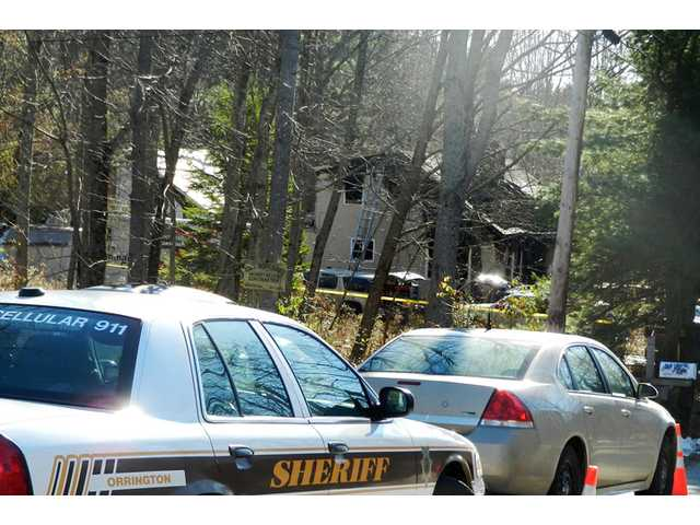 3 kids, dad killed in Maine home fire; mom escapes