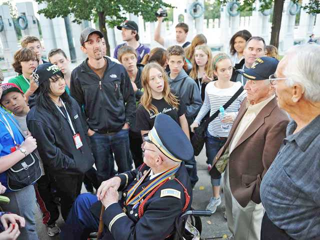 Veterans Day: 'An honor to meet  you'