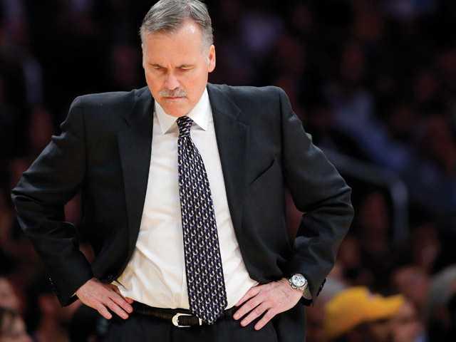 NBA: Lakers win in D'Antoni's debut