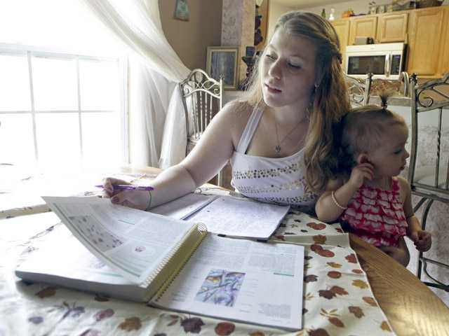 Study: Pregnant teens need better school support