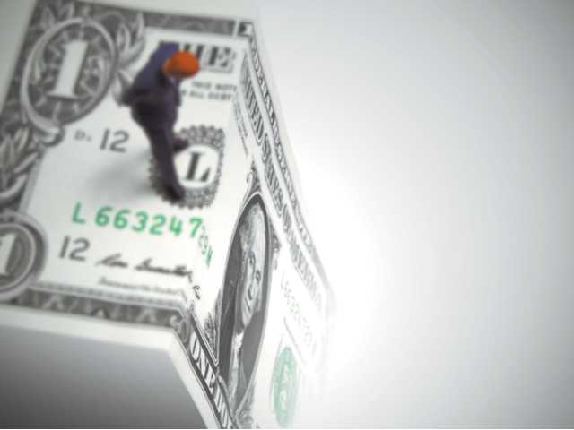 Owners left in fiscal cliff-hanger