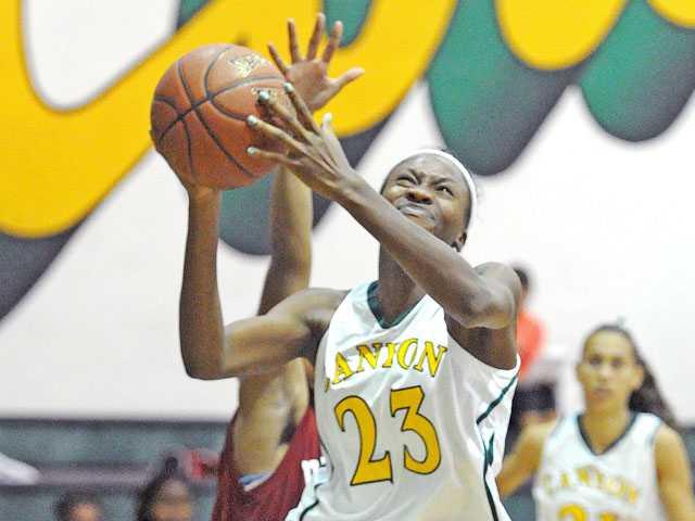 Prep basketball: Canyon back to its ways
