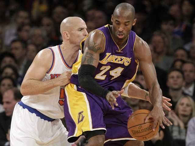 NBA: Anthony scores 30, Knicks beat slumping Lakers