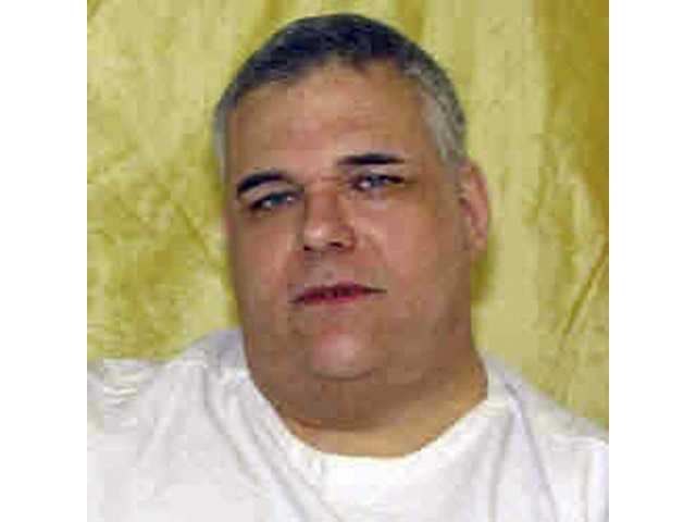 Ohio governor spares condemned 450-pound killer