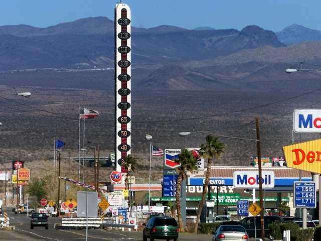 Landmark thermometer an eyesore for Calif town 