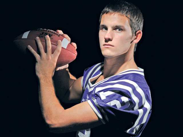2012 All-SCV Football: Murphy is the page turner