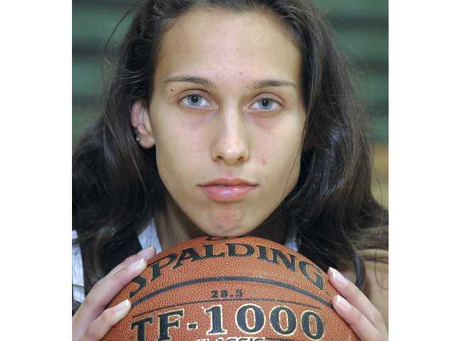 2013 Foothill League girls basketball preview: Canyon's Jaya Schultz, Her own biggest critic