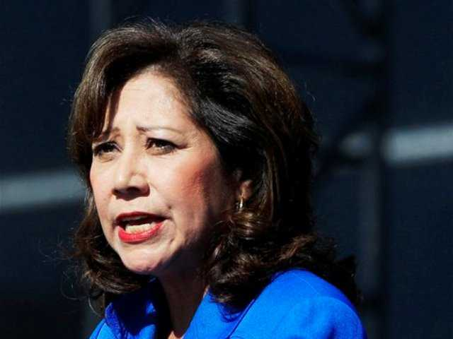 Labor Secretary Hilda Solis resigns, may pursue supervisor position