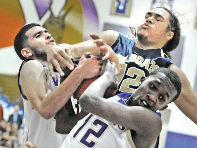 Prep boys hoops:'Cats' knockout punch