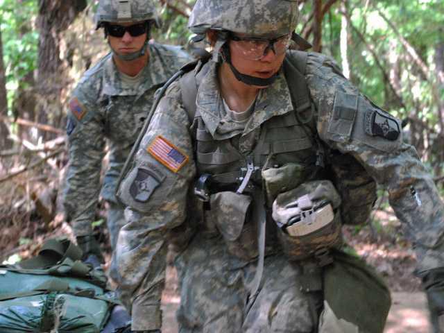 Pentagon opens combat roles to women
