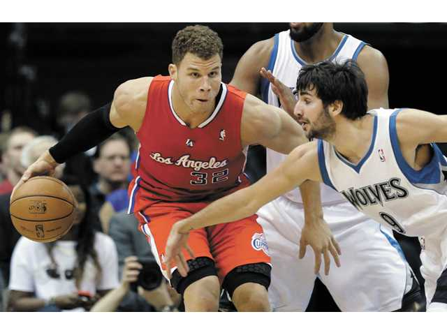 Clippers outmuscle physical Timberwolves