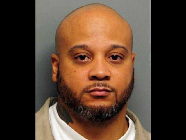 Killer mistakenly freed recaptured in Illinois
