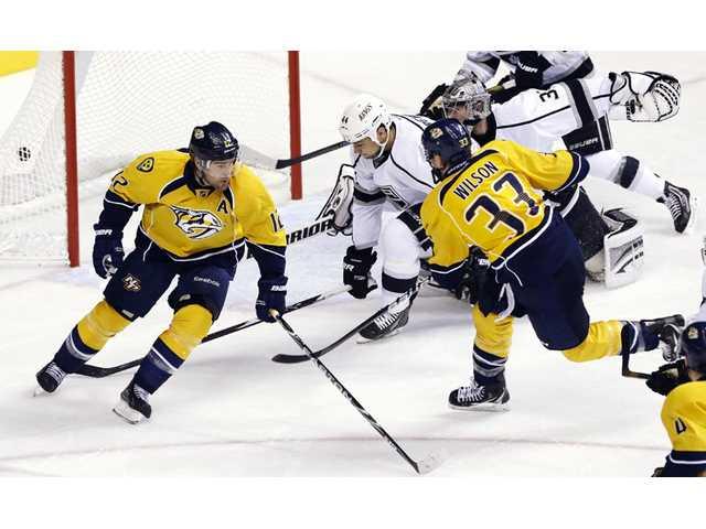 NHL: Rinne, Predators blank Kings 3-0