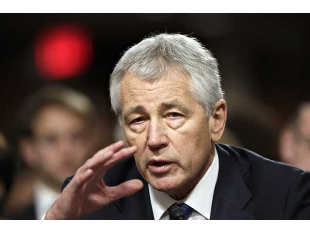 Senate panel approves Hagel for Pentagon chief