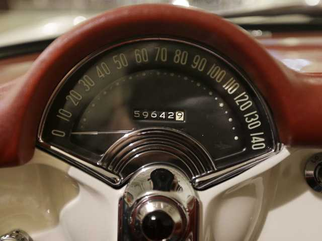 Speedometer top speed often exceeds reality