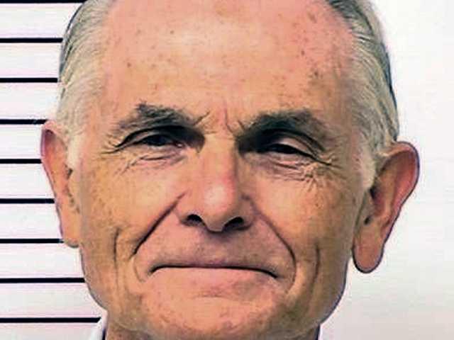Governor denies parole to ex-Manson follower