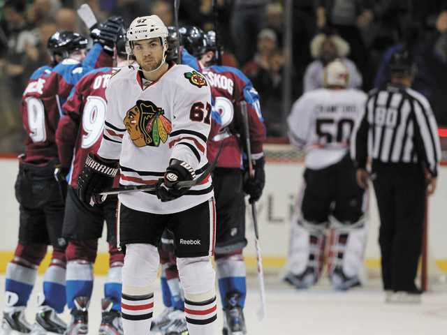 Blackhawks' streak ends with 6-2 loss to Avs