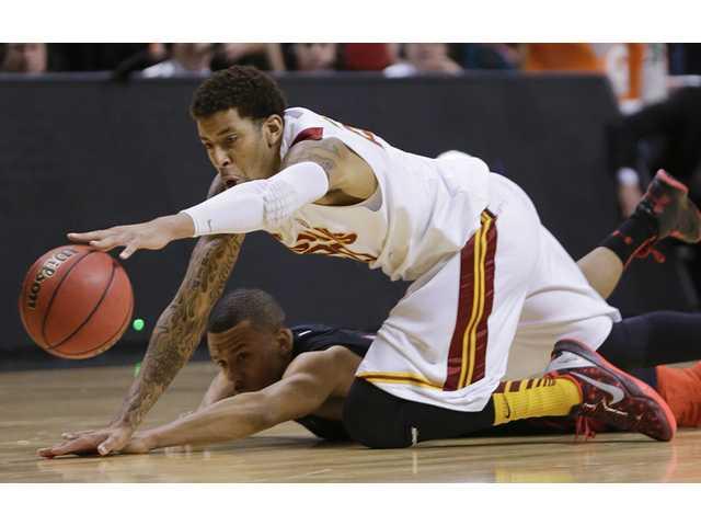 Utah beats USC 69-66 at Pac-12 tourney