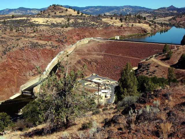 Feds recommend removing dams from Klamath River