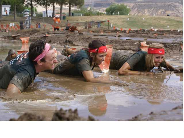 'Mudders' get down and dirty at Castaic Lake mud run