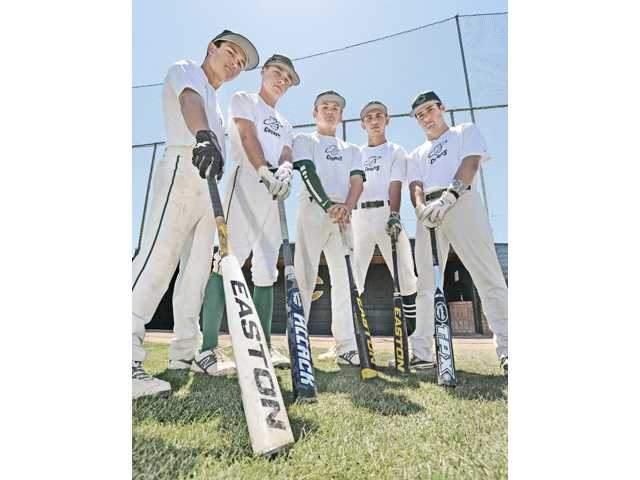 Canyon baseball: Up and running