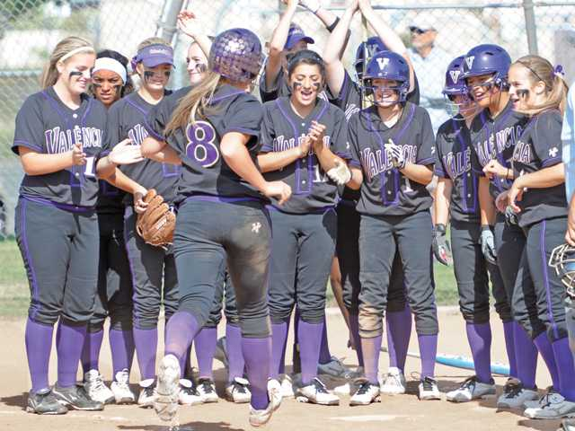 Foothill softball roundup: League teams make push