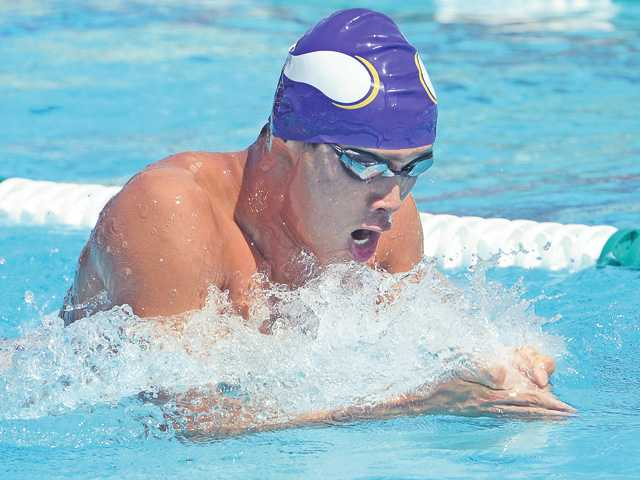 Valencia swim looks to be legitimate threat for Hart