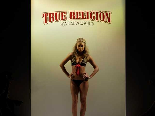 True Religion Apparel agrees to $826M buyout offer
