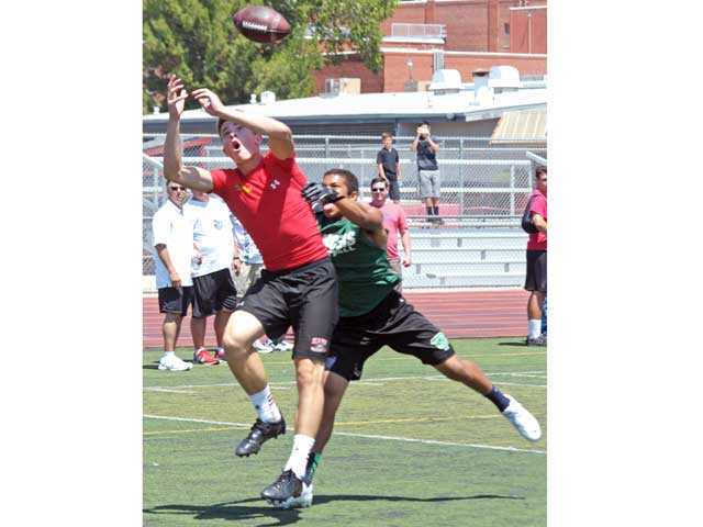 Hart football stands atop 7-on-7 tourney