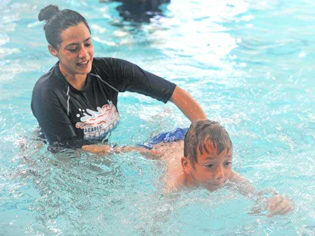 SCV pools make a spash as part of worldwide swim lesson