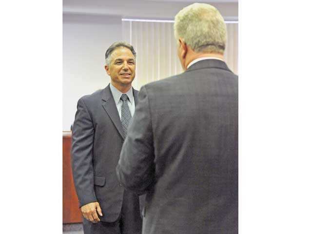 Chris Fall officially joins Hart district board