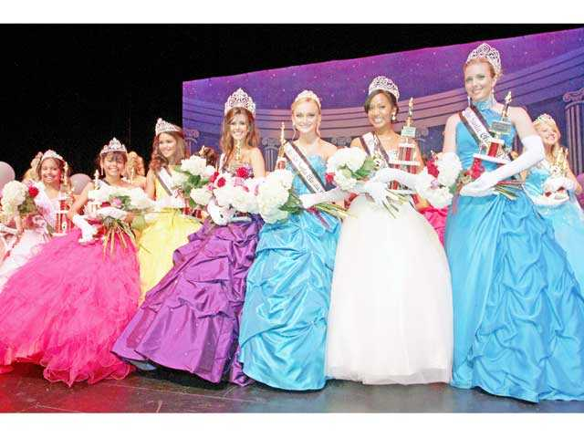 New royalty crowned at Miss SCV pageant