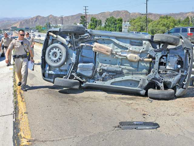 One transported to hospital after rollover crash on Interstate 5 in the Santa Clarita Valley