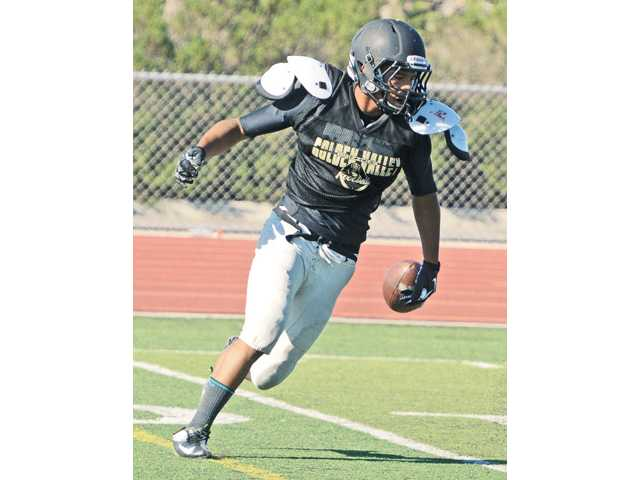 Golden Valley football leaning on wideouts