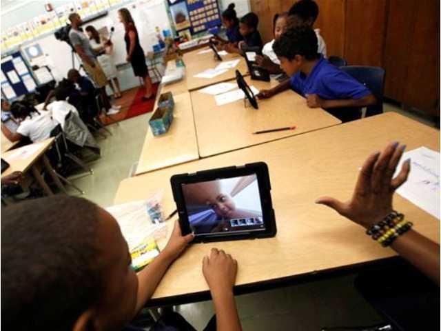 LA students breach school iPads' security