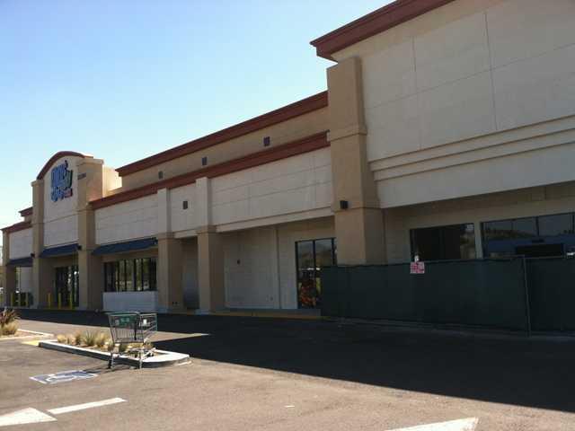 Discount tool retailer opening in Santa Clarita
