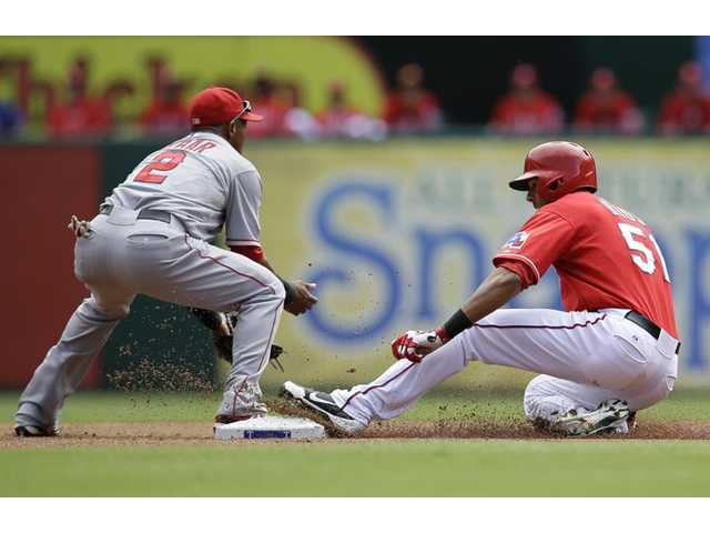 Angels lose at Texas for season-ending sweep