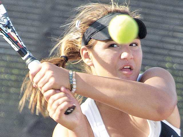 CIF tennis playoffs: Hart gets boost from doubles