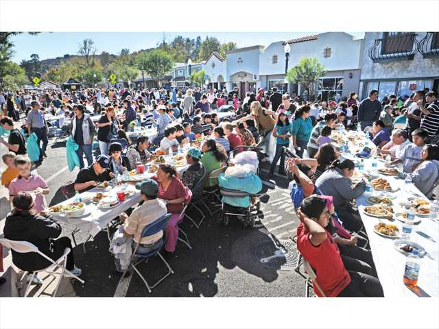 Newhall Thanksgiving feast will go on