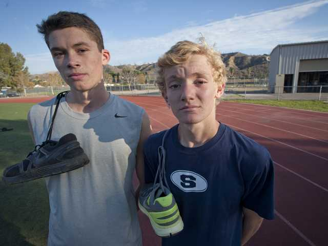 Saugus duo has team vying for CIF title